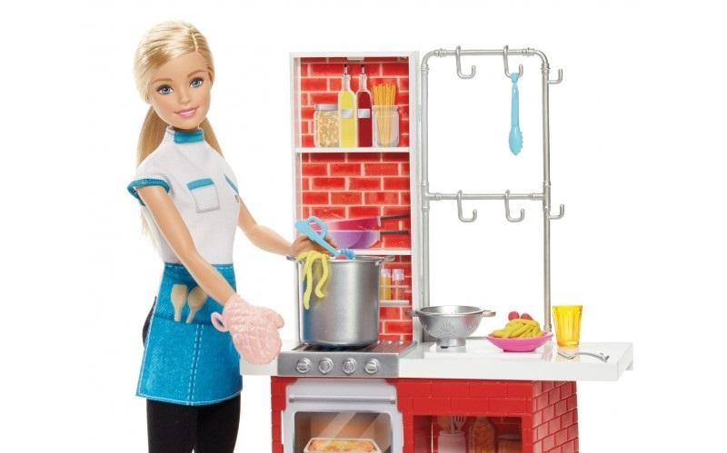 Barbie Makarna Şefi